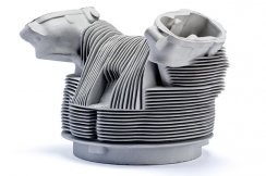 Engine cap